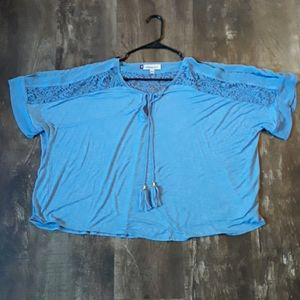 Women's Jennifer Lopez top size XL.
